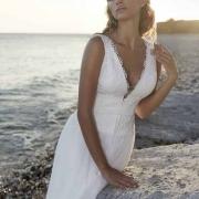 Tourlaville vestido de novia de cuerpo en forma de V con tirante ancho de Si Quiero Bilbao