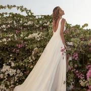 Tressin vestido de novia sencillo de gasa, con escote en V en la espalda de Si Quiero Bilbao